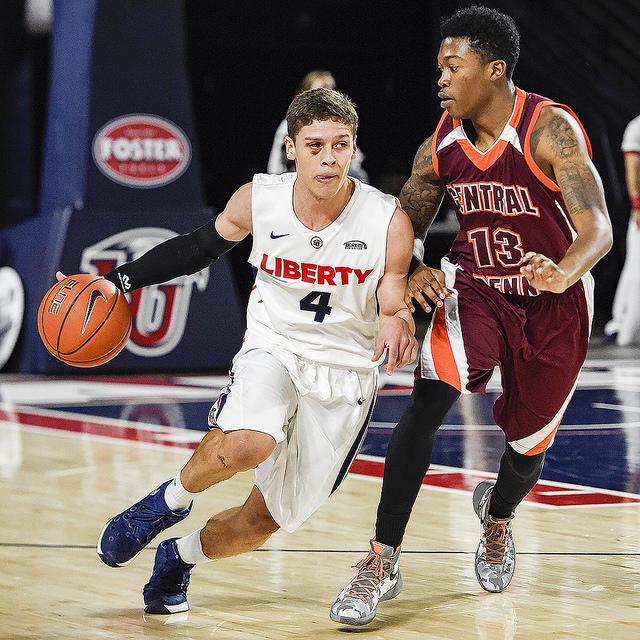 Photos – Basketball vs Central Penn