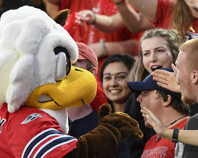 Tayvion Land, Liberty's first ever 4-star prospect, commits to Flames