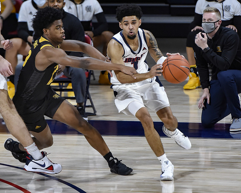 Liberty overcomes cold shooting start to defeat Kennesaw State